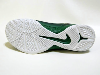 nike zoom soldier 6 pe svsm home 4 04 Detailed Look at Nike Zoom Soldier VI SVSM Fighting Irish PEs