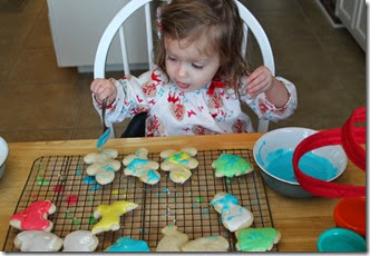 Zoey Making Christmas Cookies on Christmas Eve6