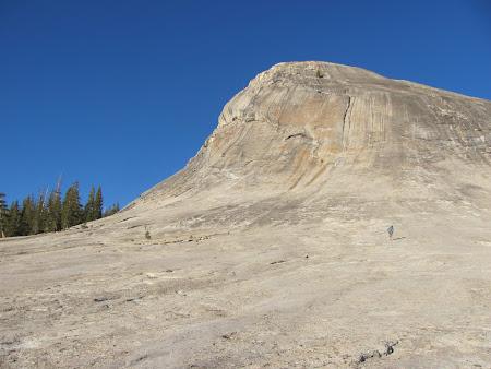 Yosemite National Park: In sfarsit ... o stanca pe care puteam urca; mai lipsesc scarile rulante.JPG