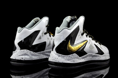 lebron10 ps elite white gold 36 web black The Showcase: Nike LeBron X P.S. Elite+ White & Gold