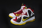 nike lebron 9 pe mvp 1 07 Unreleased Nike LeBron 9 MVP   Black Midsole Sample
