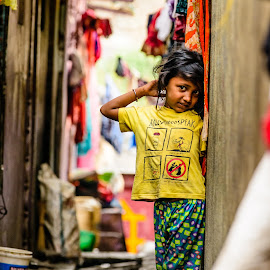 Happy Kid by Armando Bruck - Babies & Children Children Candids ( shame, slum, happy, india, chennai, kid )