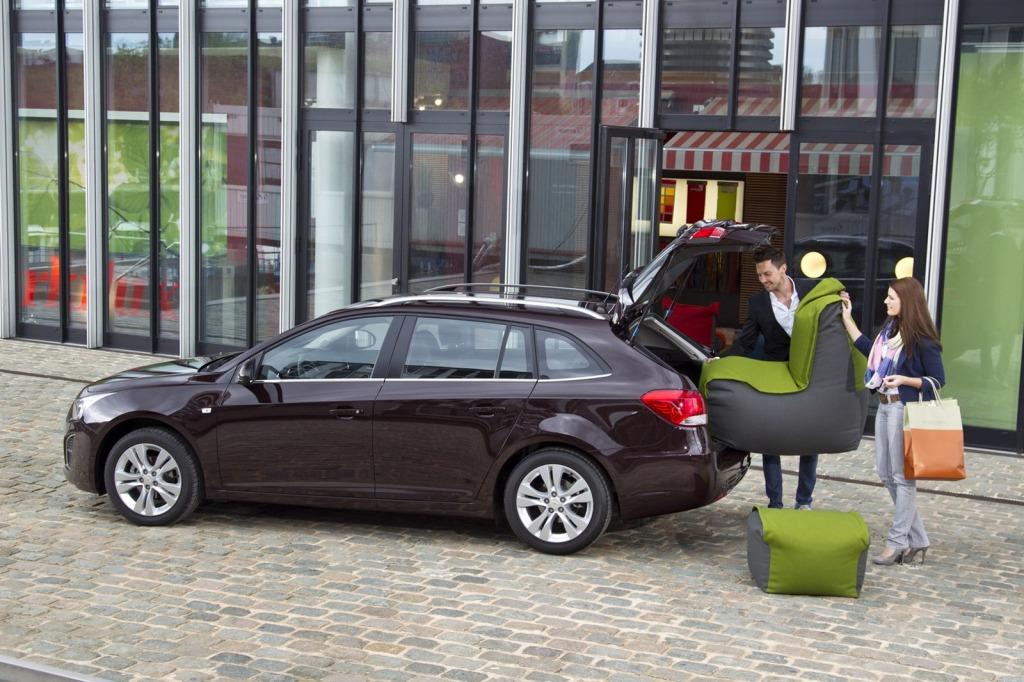 2013-Chevrolet-Cruze-Facelift-5.jpg?imgmax=1800