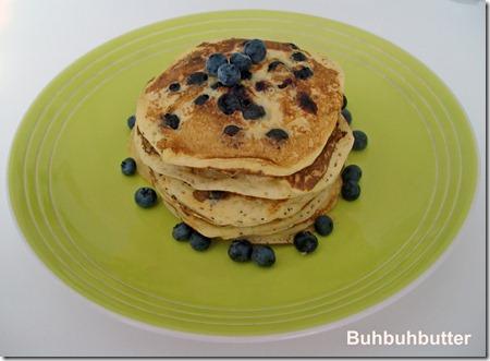Bluberrries pancakes 2
