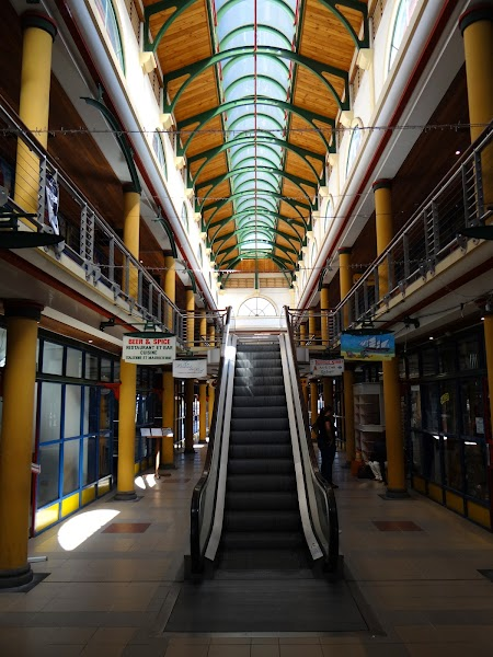 Shopping Mauritius: Mall in Port Louis