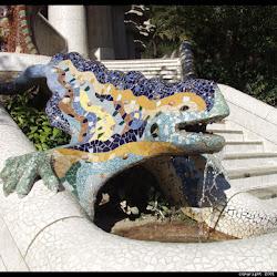 53.- Gaudí. Parque Güell