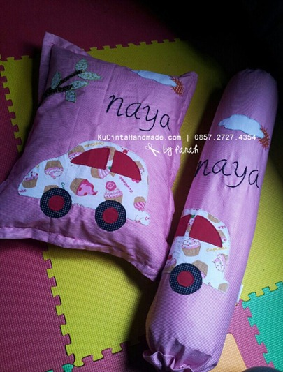 Bantal & Guling Aplikasi Naya