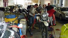 Verzurren der Motorräder