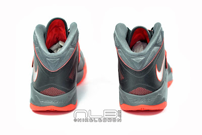 lebrons soldier7 black red 15 web The Showcase: NIKE SOLDIER 7 Miami Heat Away Edition