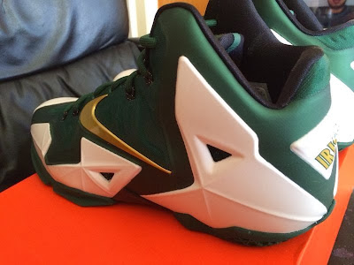 nike lebron 11 pe svsm home 2 02 New Images // Nike LeBron XI (11) SVSM Home PE