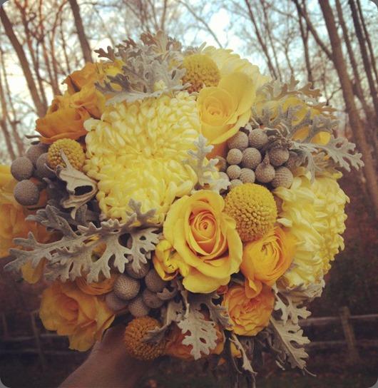mum 547385_440672835988005_2036896607_n loda floral design