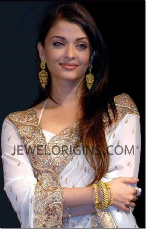 Aishwarya_Rai_Designer_Earrings