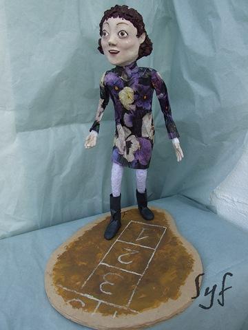 muñeca papel mache 13