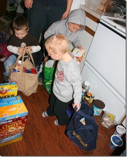 2012-10-04 Tot School Groceries (2)