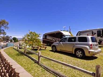 Fender's River Road Resort