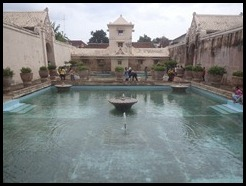 Indonesia, Jogykarta, Water Castle, Swimming Pool, 14 January 2013 (3)