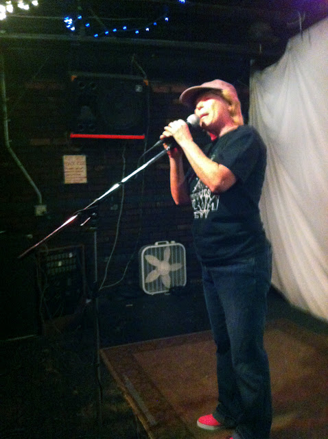 Elizag at Nitty Gritty Slam #25