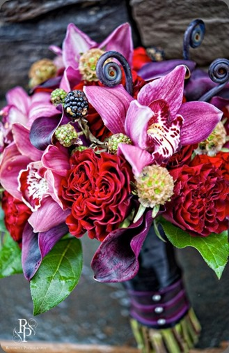 487419_557754447583227_245434593_n southern blooms by pat's floral design and rothwell photo