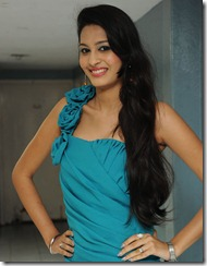 Shweta_Jadhav_stylish_photos