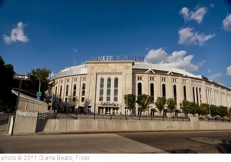 'Yankee Stadium Gate #4' photo (c) 2011, Diana Beato - license: http://creativecommons.org/licenses/by-sa/2.0/