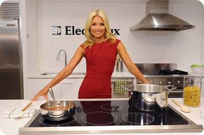 "Kelly Ripa shares tips for planning a successful sleepover party at a recent ""sleepover survival"" event presented by Electrolux's Perfect Steam™ Washer and Dryer.  The event was also designed to help support Ovarian Cancer Research Fund during Ovarian Cancer Awareness month.  To date, Electrolux has committed $1 million to the cause.  For more information, go to www.kelly-confidential.com. The event was held at Desiron Gallery on September 8, 2011 in New York City."
