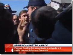 Passos Coelho vaiado.Fev.2012