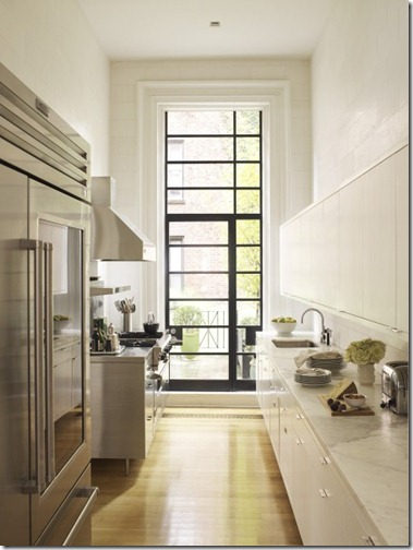 streamlined contemporary white kitchen via pinterest