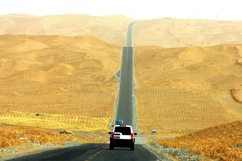 tarim-desert-highway-6