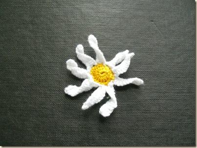 Corded Buttonhole Daisy Petals