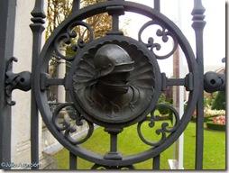 Detalle de la verja de entrada al Museo de Bellas Artes de Vitoria