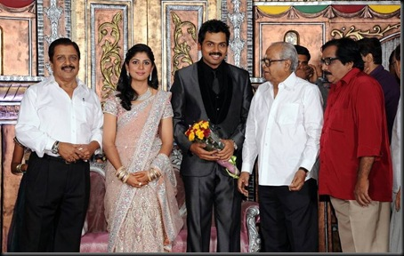 karthi ranjini wedding reception stills0-27