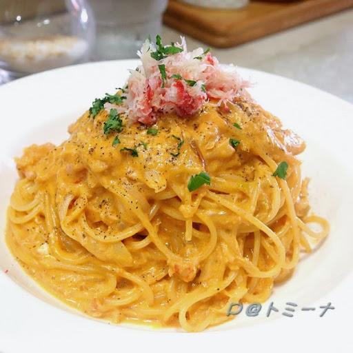ズワイ蟹のカルボナーラ (松葉蟹奶油義大利麵,那須白美人軟白長蔥使用) @ トミーナ