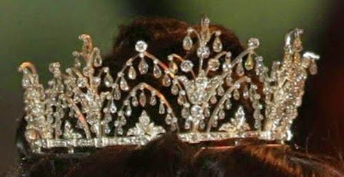 Tiara de Lágrimas de Diamantes - Casa Real de Dinamarca