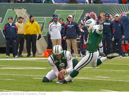 'NY Jets vs. Buffalo, Oct 2009 - 08' photo (c) 2009, Ed Yourdon - license: http://creativecommons.org/licenses/by-sa/2.0/