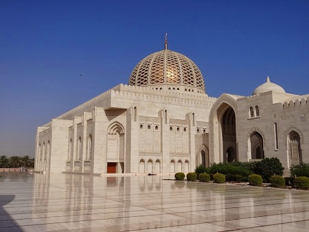 26. Marea Moschee Sultan Qaboos Muscat.JPG