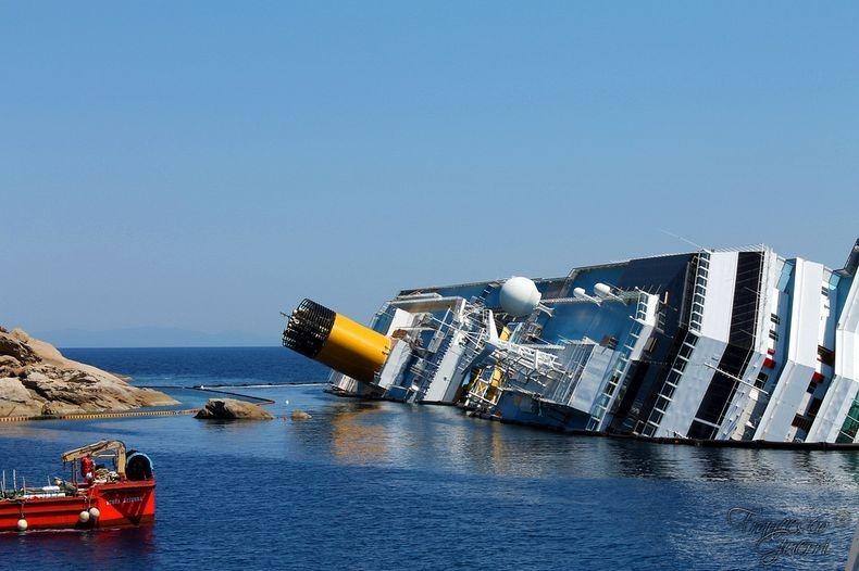 Costa-Concordia-1
