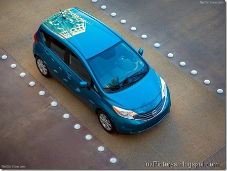 Nissan-Versa_Note_2014_800x600_wallpaper_0d
