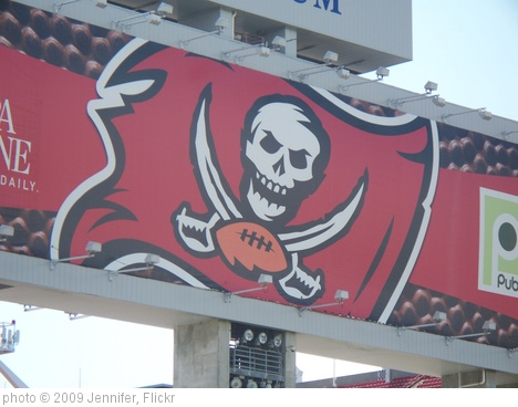 'Raymond James Stadium' photo (c) 2009, Jennifer - license: http://creativecommons.org/licenses/by-sa/2.0/