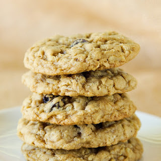 Raisin Walnut Oatmeal Cookies