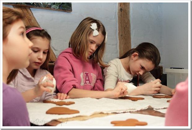 Przy Dużym Stole w Baroccafe: zdobienie pierników – na każde święta