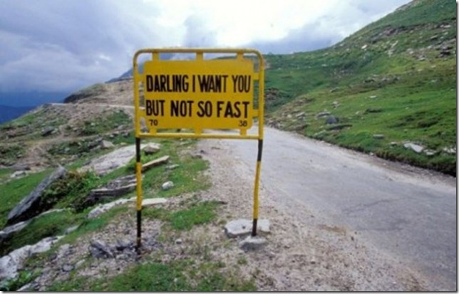 the_worlds_most_peculiar_road_signs_640_03-465x297