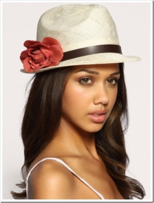 style-accessories-hats-for-girls-streets