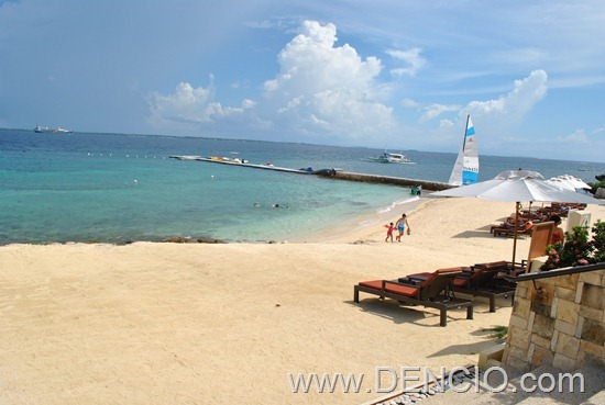 Crimson Resort and Spa Mactan 26