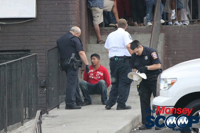2 Injured & Arrested After Fight On Maple Ave (Moshe Lichtenstein) - IMG_2968.JPG