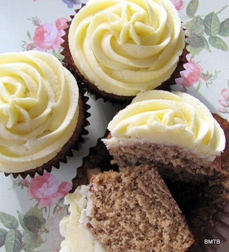 Baking Makes Things Better: Ginger Cupcakes with Lemon Frosting