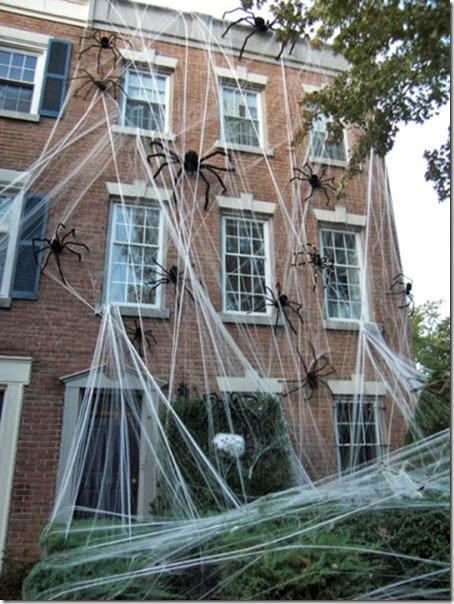 halloween-house-decorations-9