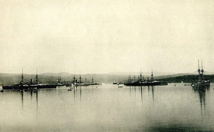 2-The Bristish Fleet in Ferrol. Unknown date. From the revue EL MUNDO NAVAL ILUSTRADO. AÑO 1898.jpg