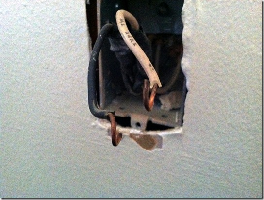 How to Replace and Outlet_12