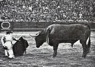 1914-04-21 Sevilla (p. SyS) Gaona en el cuarto