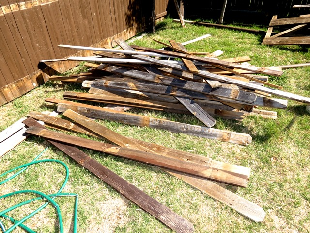 How to Build a New Fence Using Old Scraps www.stylewithcents.blogspot.com. 12